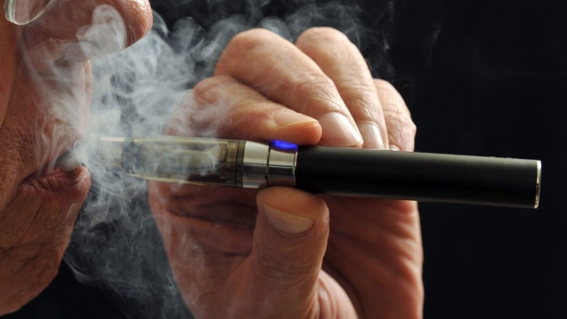 E-cigarettes can help smokers quit, but frequency is a factor