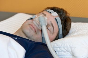 Sleep apnea may boost Alzheimer's risk