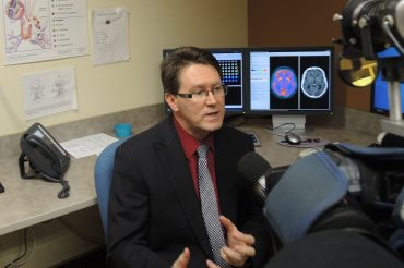 Simple new tool could help doctors spot dementia