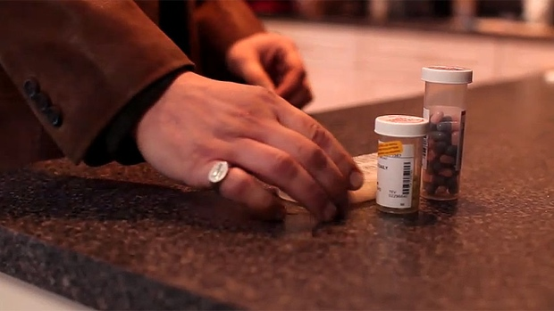 Almost 1 million Canadians give up food, heat to afford prescriptions: study