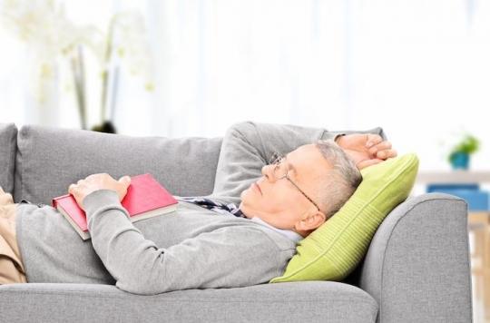 Alzheimer : la « grosse » sieste est plutôt mauvaise chez les plus de 70 ans