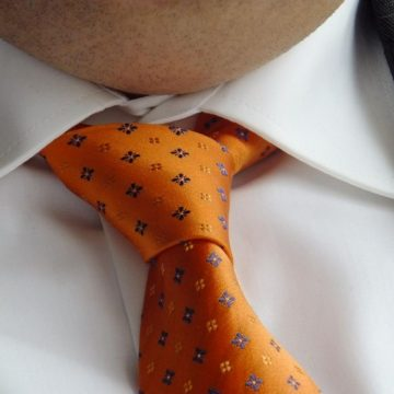 Cravate trop serrée, cerveau mal irrigué