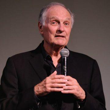 Le héros de la série M.A.S.H. Alan Alda atteint de la maladie de Parkinson