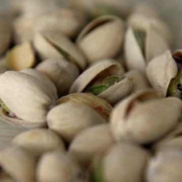 Low-carb diet better when it includes more vegetables, nuts