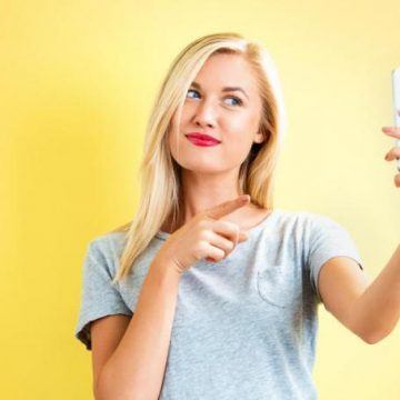 Un «selfie» la sauvé d'un AVC