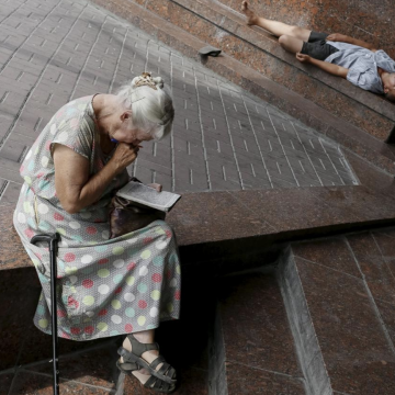Crosswords and sudoku may not stop mental decline