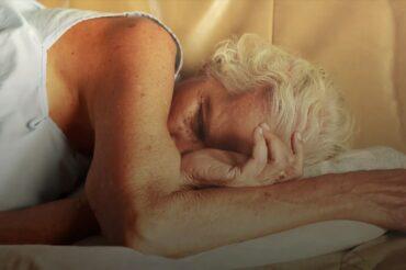 Un sommeil de meilleure qualité permettrait de réduire les symptômes de la maladie d'Alzheimer