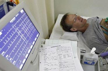 Colchicine cuts odds of new heart attack, stroke in heart attack survivors