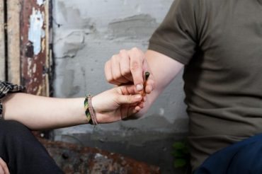 Frequent pot smokers at greater risk of stroke, heart problems