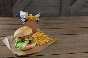 Plus on mange gras, plus on risque la dégénérescence maculaire