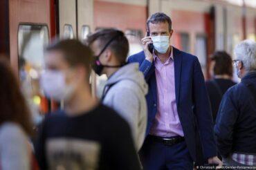 Lancet coronavirus study explores risk of reinfection